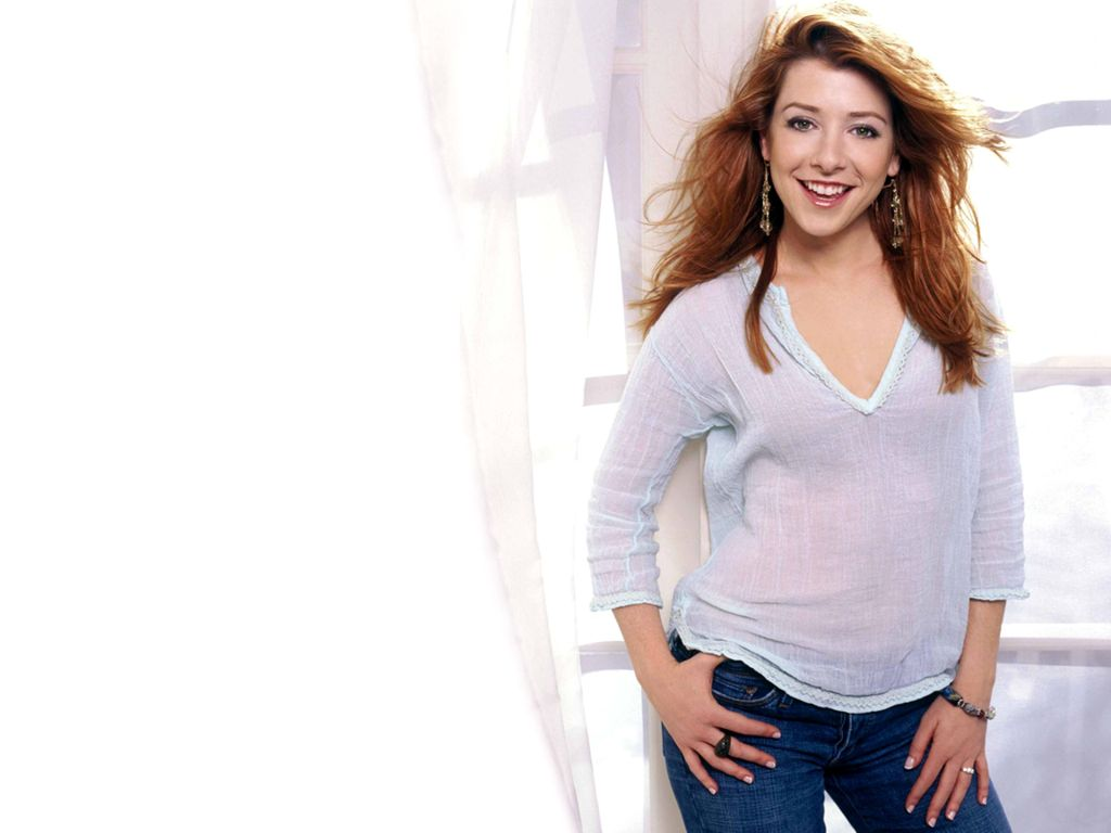 Alyson Hannigan Hot Wallpapers  Hollywood Stars