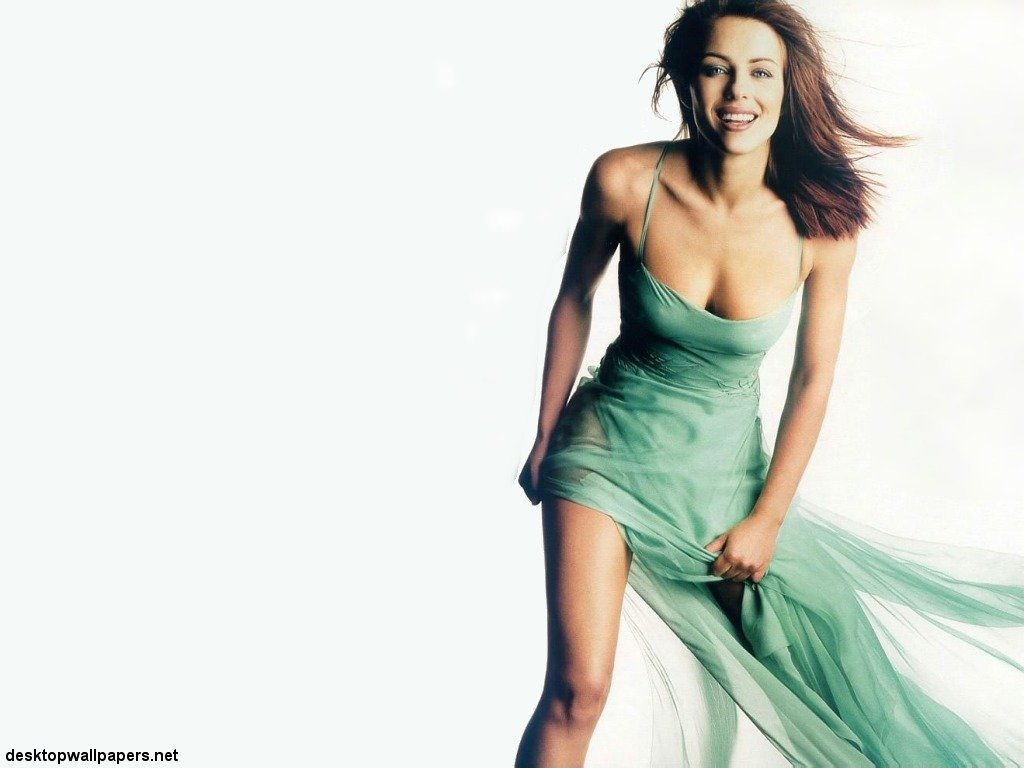 Elizabeth Hurley Hot Wallpapers  Hollywood Stars Wallpapers-2846
