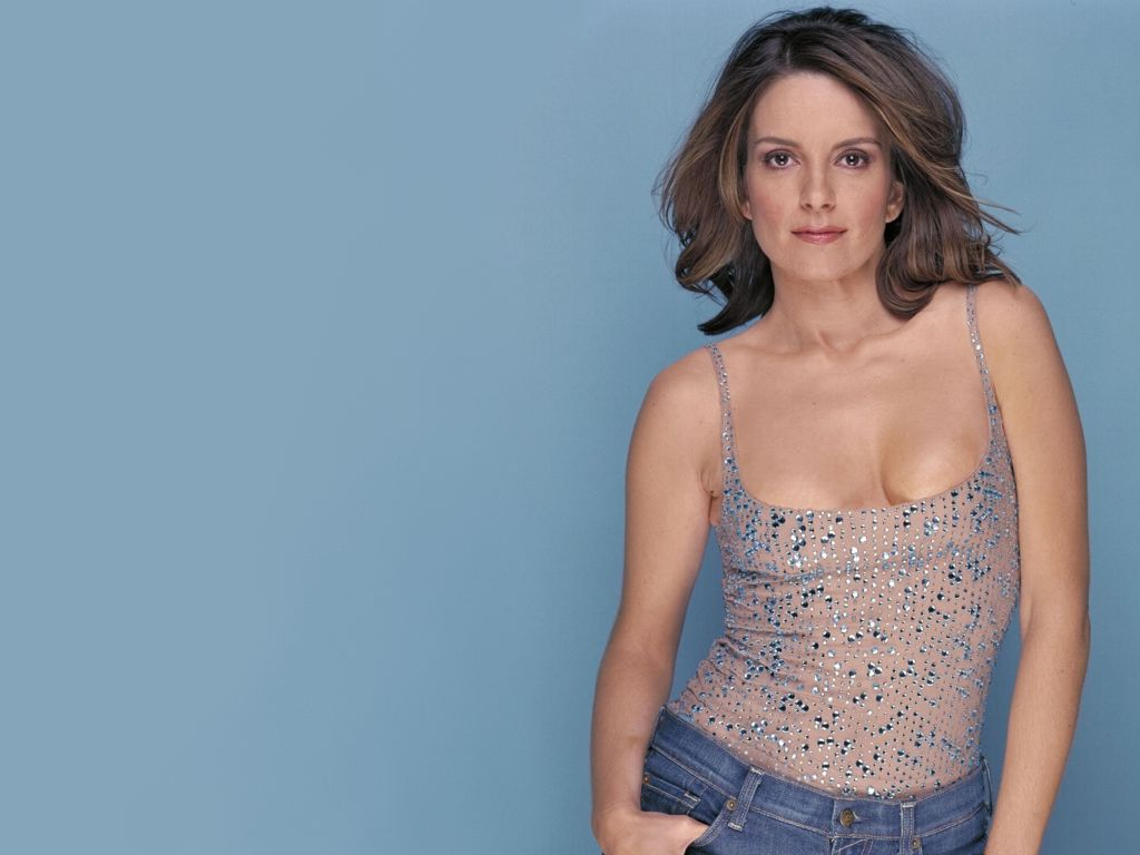 Download this Hollywood Actress Tina Fey Hot Wallpapers picture